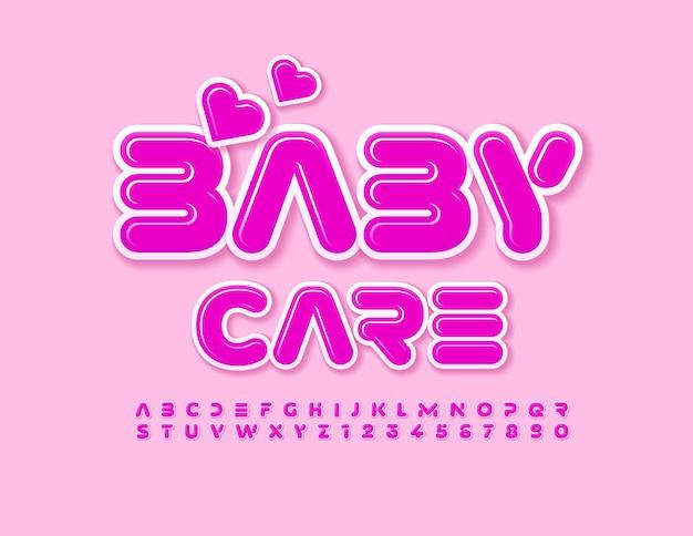 Vector lindo emblema cuidado del bebé con corazones decorativos fuente divertida alfabeto rosa letras y números