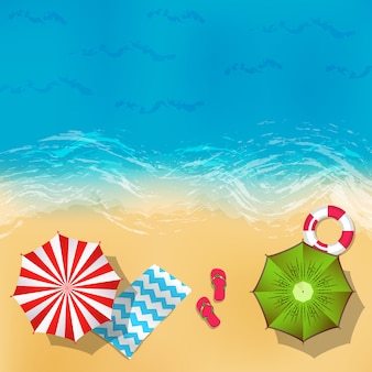 Vector paisaje de playa de verano con ilustración de fondo de arena, agua, sombrillas y mantas