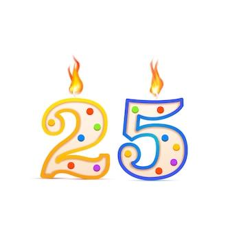 Veinticinco años de aniversario, 25 velas de cumpleaños en forma de número con fuego en blanco