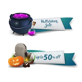 Venta de halloween, dos pancartas de descuento en forma de cintas con olla de bruja, lápida y calabaza jack