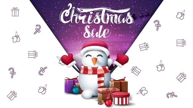 Venta de navidad, banner de descuento blanco con muñeco de nieve con sombrero de santa claus con regalos, imaginación espacial
