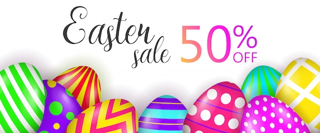 Venta de semana santa, cincuenta por ciento de descuento en letras y huevos pintados.