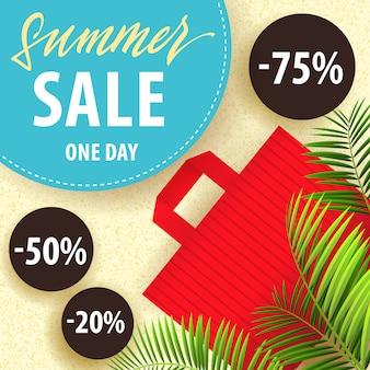 Venta de verano, folleto de un día con hojas tropicales, bolsa roja y pegatinas de descuento