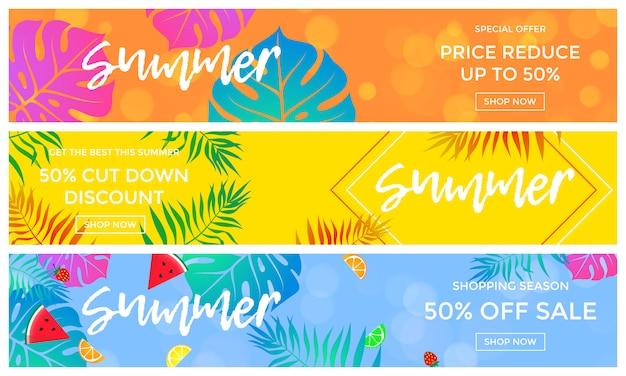 Venta de verano pancartas de frutas y hojas de palma vector flyer de compras en línea