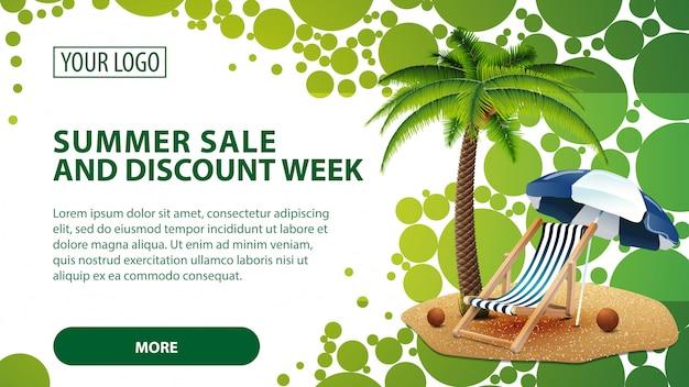 Venta de verano y semana de descuento, banner con palmera y silla de playa.