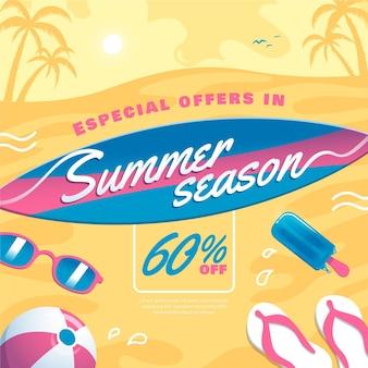 Venta de verano con tabla de surf y playa.