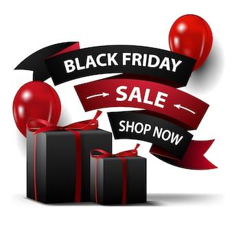 Venta de viernes negro, banner de descuento con regalos en forma de cinta aislada