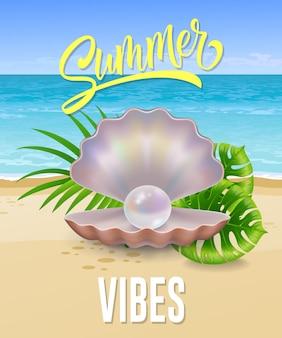 Verano, vibraciones, letras, con, mar, playa, y, perla, en, cáscara oferta de verano o publicidad de venta
