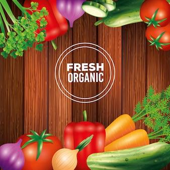 Verduras orgánicas frescas, comida sana, estilo de vida saludable o dieta sobre fondo de madera