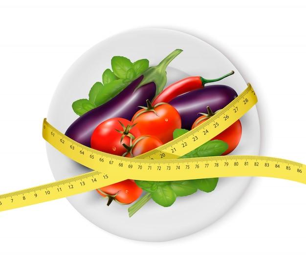 Verduras en un plato con cinta métrica. concepto de dieta. Vector Premium