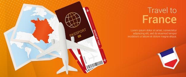 Viajar a la bandera pop-under de francia. banner de viaje con pasaporte, boletos, avión, tarjeta de embarque, mapa y bandera de francia.