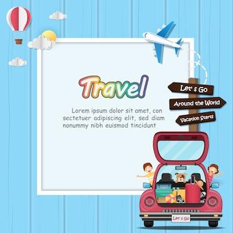 Viajero de niños felices y perro en coche de maletero rojo con check-in punto de viaje alrededor del mundo.