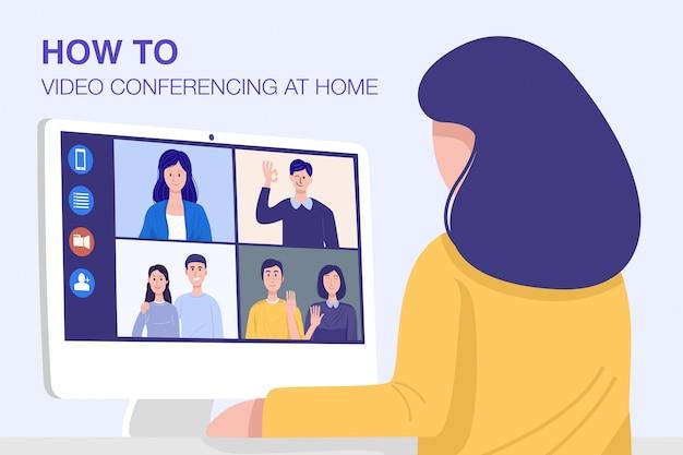 Videoconferencia en casa, mujer de primer plano que tiene una reunión de videollamada con clientes en casa.
