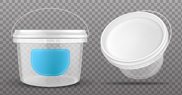 Vista frontal y superior del cubo de plástico transparente