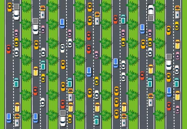 Vista superior de la carretera con autopistas, muchos vehículos diferentes