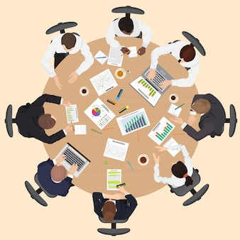 Vista superior de la reunión de trabajo en equipo