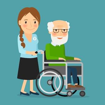 Voluntario empujando silla de ruedas con anciano discapacitado.