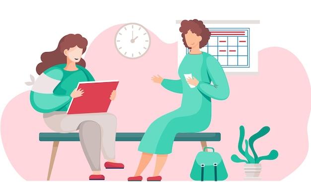 Voluntario médico sentado en el banco y comunicándose con la paciente
