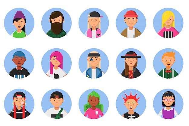 Web divertidos avatares conjunto de diferentes hipsters masculinos y femeninos.