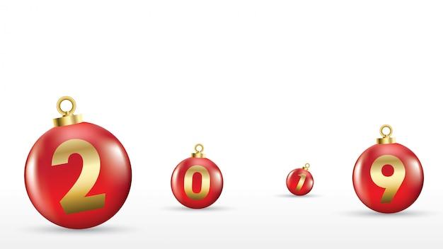 2019 frohes neues jahr mit farbigen weihnachtskugeln