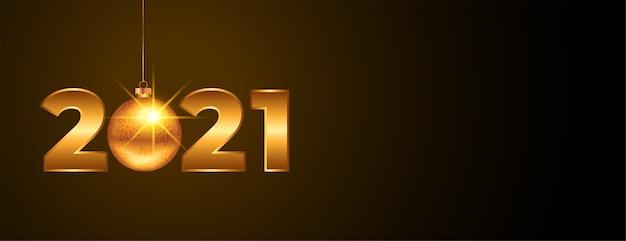 2021 goldenes neujahrsbanner mit weihnachtsball
