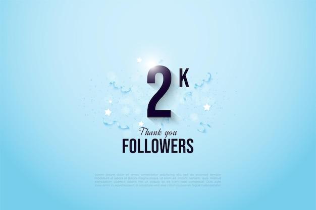 2k follower mit zahlen auf hellblauem hintergrund