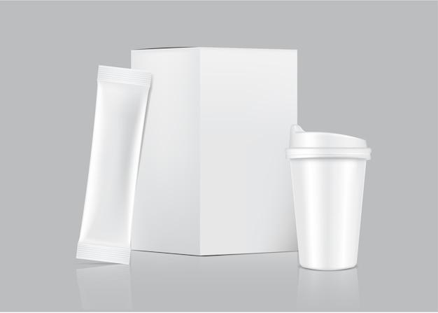 3d glossy stick beutel und tasse mit papierbox lokalisiert auf weißem hintergrund. konzeptdesign für lebensmittel- und getränkeverpackungen.