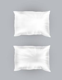 3d realistische komfortable quadratische kissen. schablone, verspotten von weißem flaumigem zerknittertem kissen f