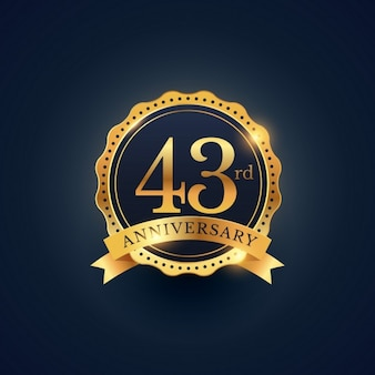 43. jahrestag feier abzeichen etikett in der goldenen farbe