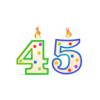 45 jahre jubiläum, 45 nummerförmige geburtstagskerze mit feuer auf weiß