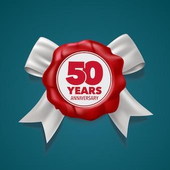 50 jahre jubiläumsvektorikone. schablonengestaltungselement, symbol mit nummer und rotem siegel für grußkarte zum 50. jahrestag