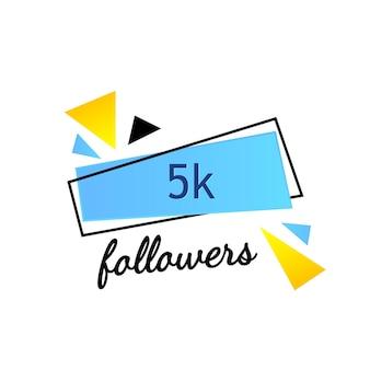 5k follower danken ihnen auf hellem hintergrund mit zufälligen elementen. vorlage für social-media-beiträge, abonnentenbanner für blog. vektor-illustration.