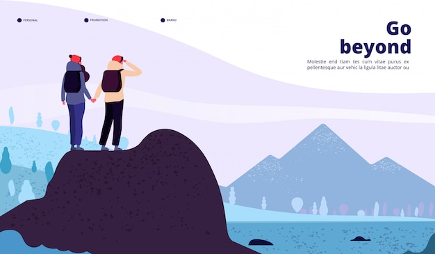 Abenteuerlandung im freien. paar mit rucksack, der berg schaut, der neuen horizont sucht. web-vektorseite des tourismus des gesunden lebensstils