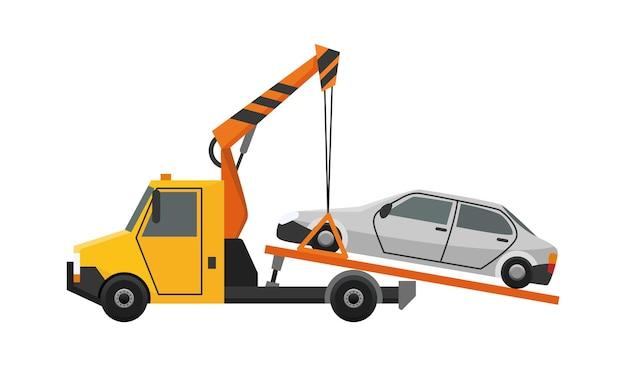 Abschleppfahrzeug. flaches defektes auto, das auf einen abschleppwagen geladen wird. fahrzeugreparaturdienst, der beschädigte oder geborgene autos unterstützt.