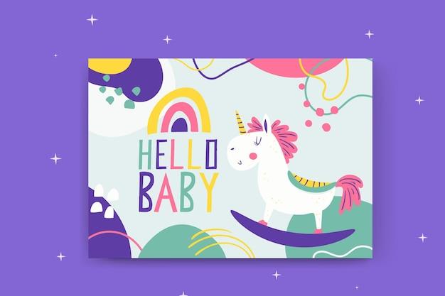 Abstrakte gemalte kindliche babykarten mit einhorn
