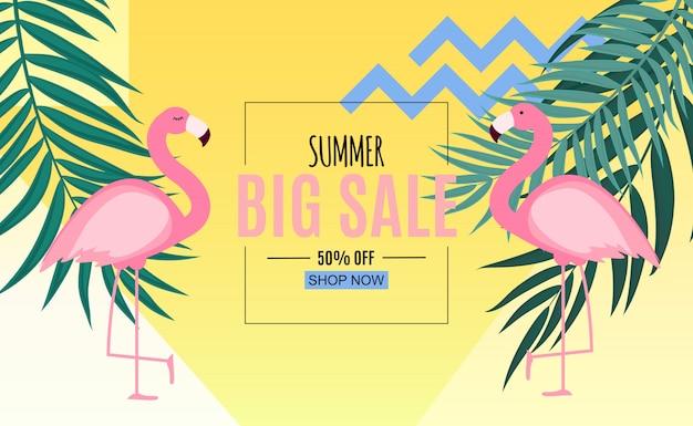 Abstrakte sommerschlussverkauffahne mit palmblättern und flamingo. vektor-illustration