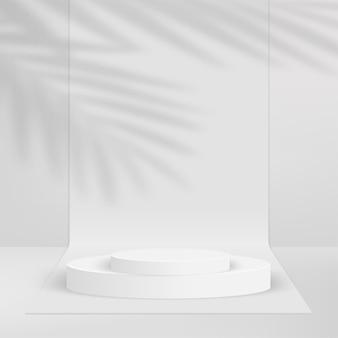 Abstrakter hintergrund mit geometrischem 3d-podium der weißen farbe und palme