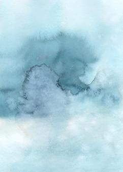 Abstraktes hellblaues aquarell handgemalt für den hintergrund. flecken künstlerischer vektor, der als element im dekorativen design von header, poster, karte, cover oder banner verwendet wird. pinsel in datei enthalten.