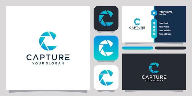 Abstraktes logo des buchstaben c und der linsenkamera und visitenkarte