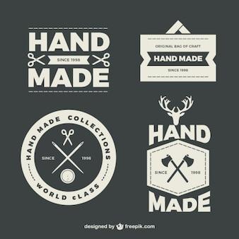 Abzeichen über handgearbeiteten