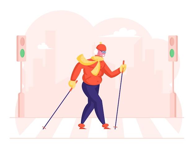 Ältere dame, die mit skandinavischen stöcken geht, die kreuzung bei stadt kreuzen