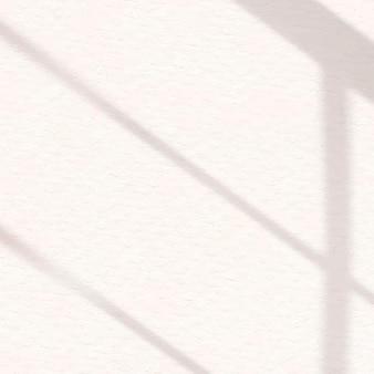 Ästhetischer fensterschatten aus weiß auf texturhintergrund