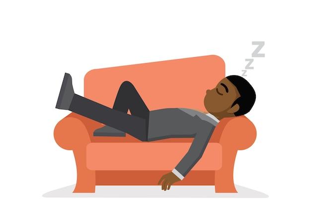 Afrikanischer geschäftsmann, der auf sofa ein schläfchen hält.