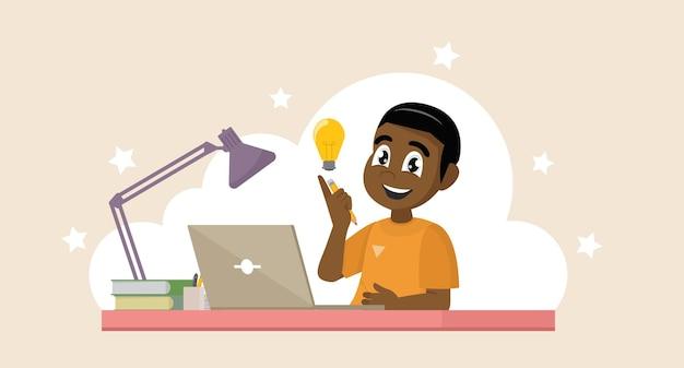 Afrikanischer junge mit seinem laptop, der seinen erfolg ausdrückt. bildungskonzept.