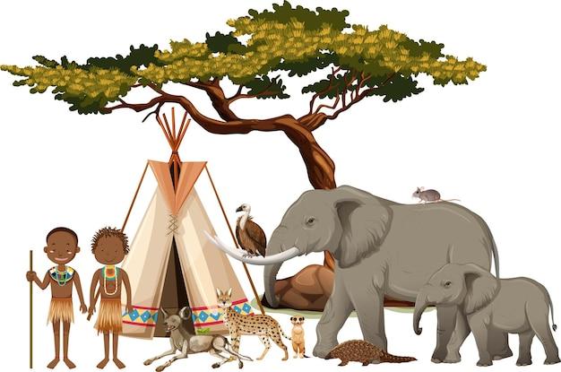 Afrikanischer stamm mit gruppe des wilden afrikanischen tieres auf weiß