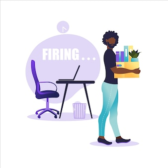 Afroamerikanermann, der mit bürobox mit dingen steht. arbeitslosenkonzept, krise, arbeitslosigkeit und abbau von arbeitsplätzen. jobverlust.