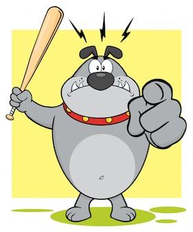 Aggressive grey bulldog cartoon maskottchen-charakter, der eine fledermaus und ein zeigen hält