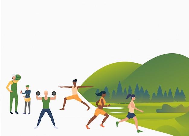 Aktive menschen, die im freien trainieren