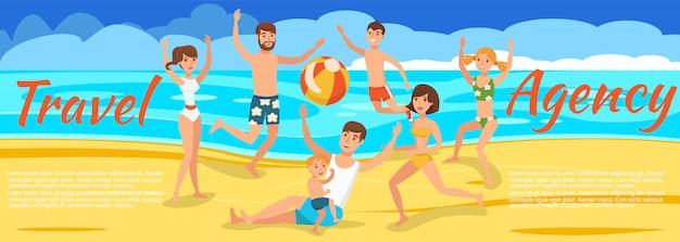 Aktives spielen am strand