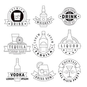 Alkohol trinkt vektorembleme, ausweise, logosatz. alkoholgetränkwhisky und tequila, aufkleber für vo